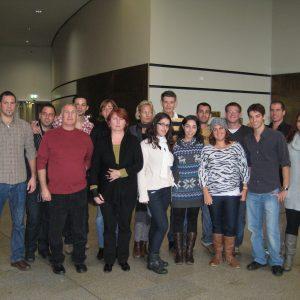 Britta Altenkamp mit den israelischen Studierenden im Landtag NRW